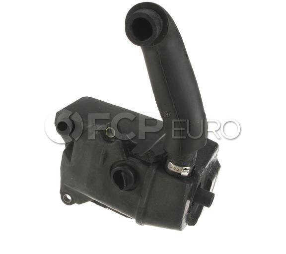Volvo PCV Valve Oil Trap - Genuine Volvo 30622235