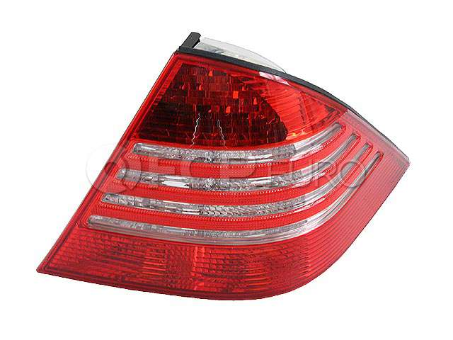 Mercedes Tail Light Lens - ULO 2208202066