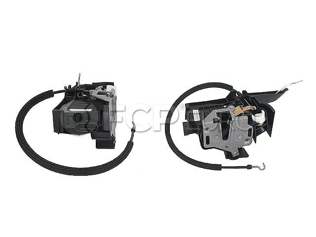 Mercedes Door Lock Vacuum Actuator - Genuine Mercedes 1637202835