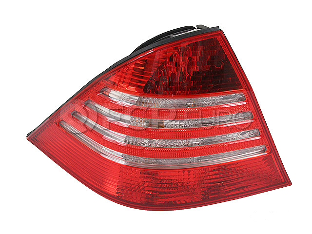 Mercedes Tail Light Assembly - ULO 2208200764