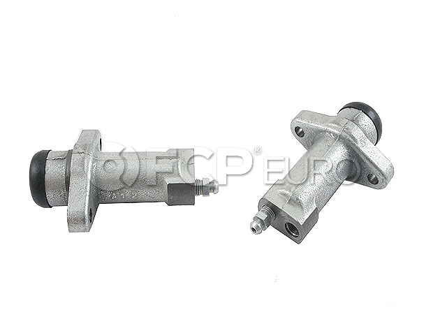 Land Rover Clutch Slave Cylinder - OE Supplier FTC5071