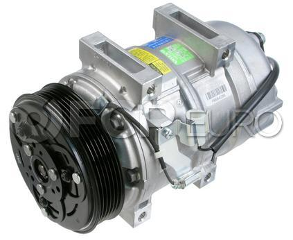 Volvo A/C Compressor - Valeo 8602621