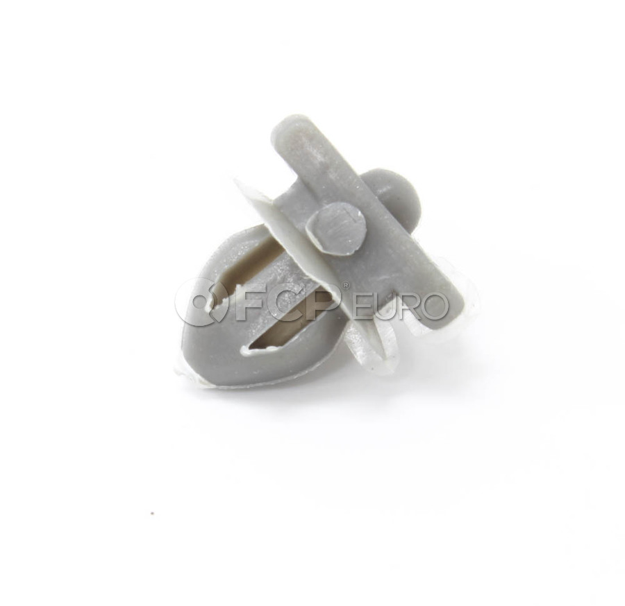Volvo Moulding Clip - OE Supplier 1372059