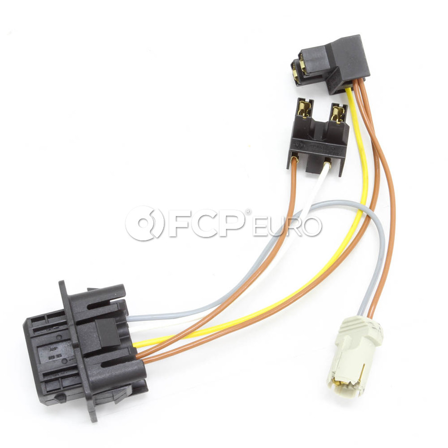 Volvo Headlamp Wiring Harness (C70 S70 V70) - Genuine Volvo 9438738 | FCP  Euro | Volvo Headlight Wiring Harness |  | FCP Euro