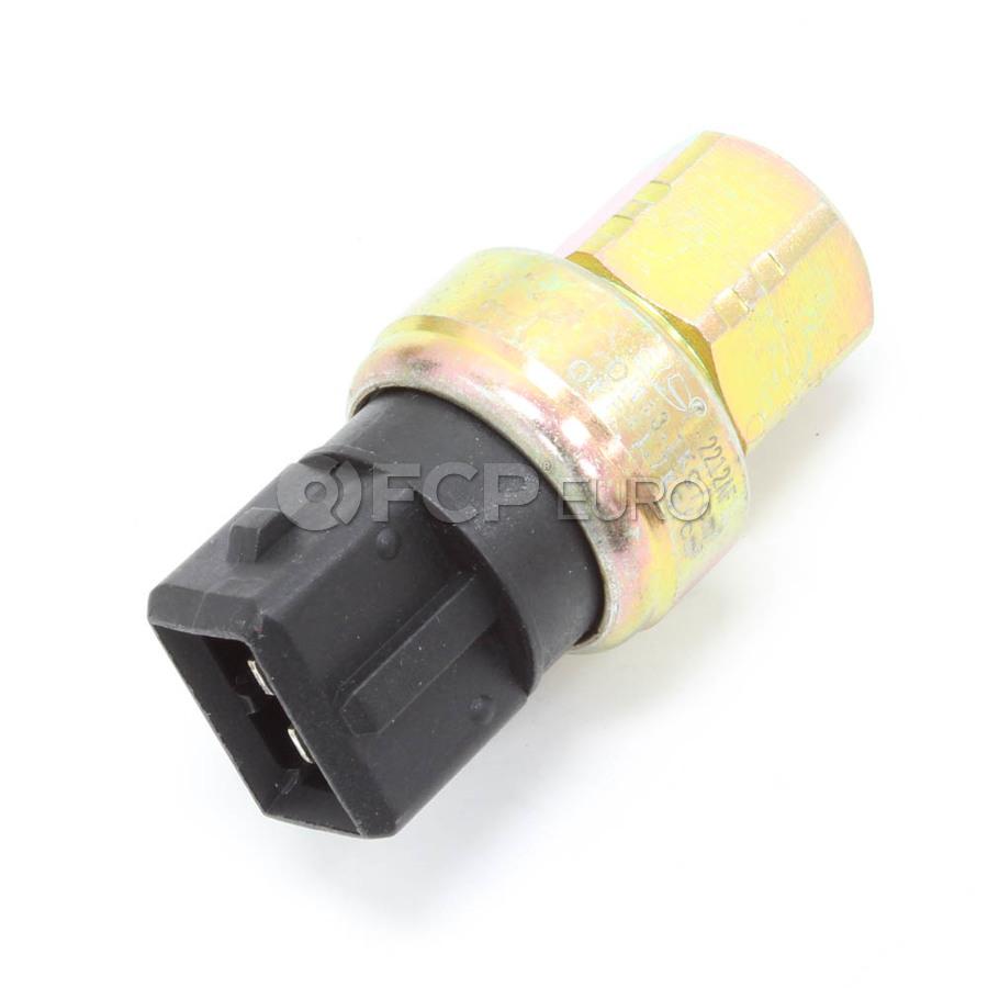 Volvo A/C Pressostat (Pressure Monitor At Accumulator) - Santech 1343216
