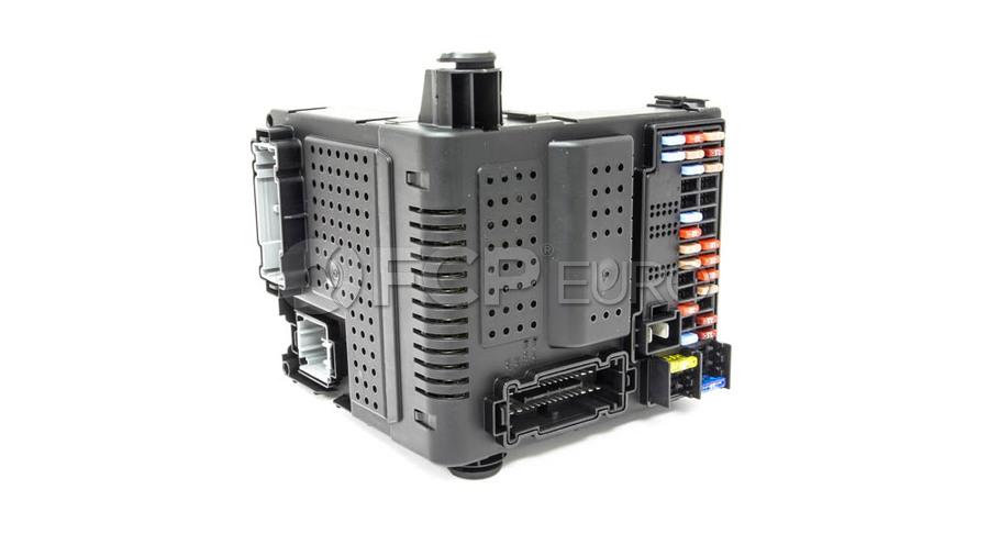 Volvo Central Electronic Module (CEM) - Genuine Volvo 31394157
