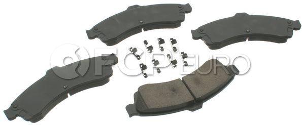 Saab Brake Pad Set - Akebono ACT882