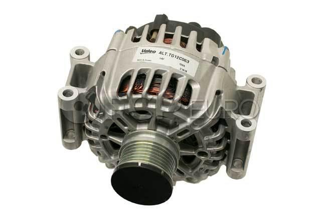 Mercedes 120 Amp Alternator - Valeo 014154140260