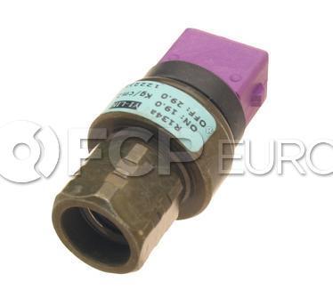 Volvo A/C Pressure Switch (Violet) - Santech 6848534