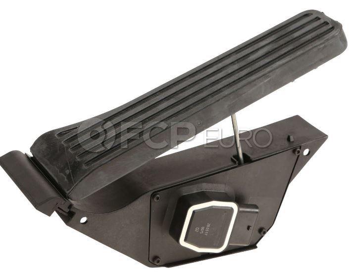 Mercedes Accelerator Pedal Assembly - VNE 2223000900
