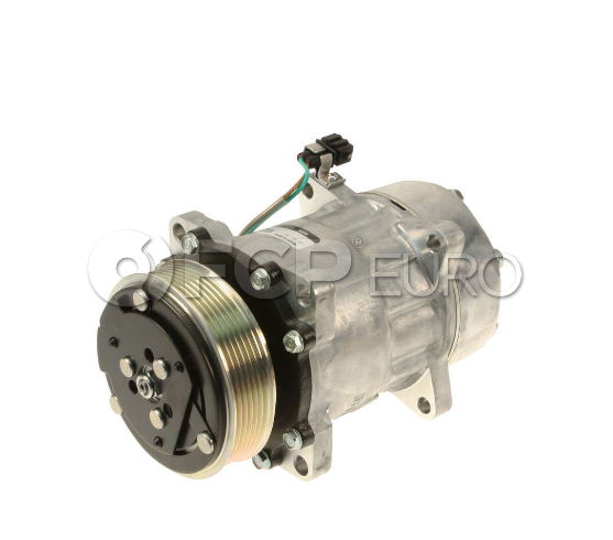 VW A/C Compressor - Denso 701820805D